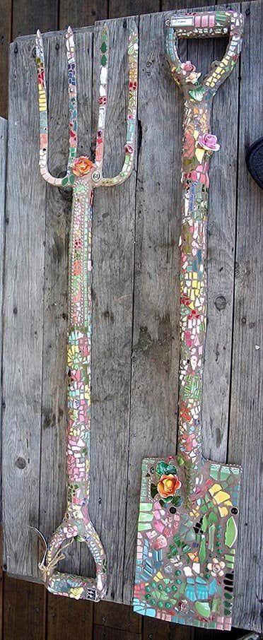 mosaico-herramientas-de-jardín