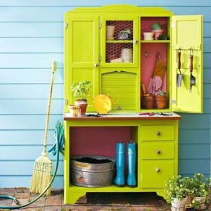 quirky-storage-station
