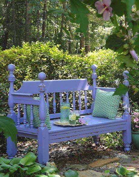 armazón-de-cama-reciclado-para-banco-de-jardín