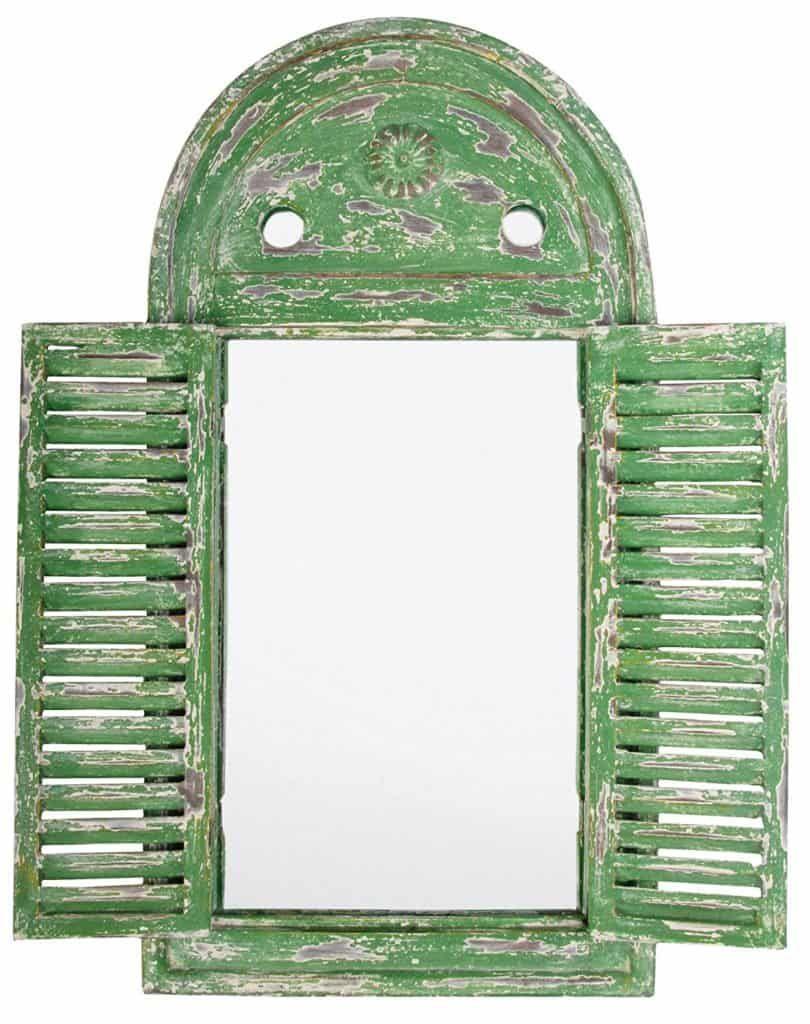 espejo de jardín de madera envejecido