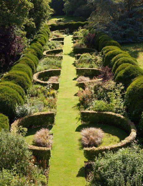 traditional english garden edging ideas