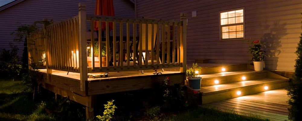 best-solar-decking-lights