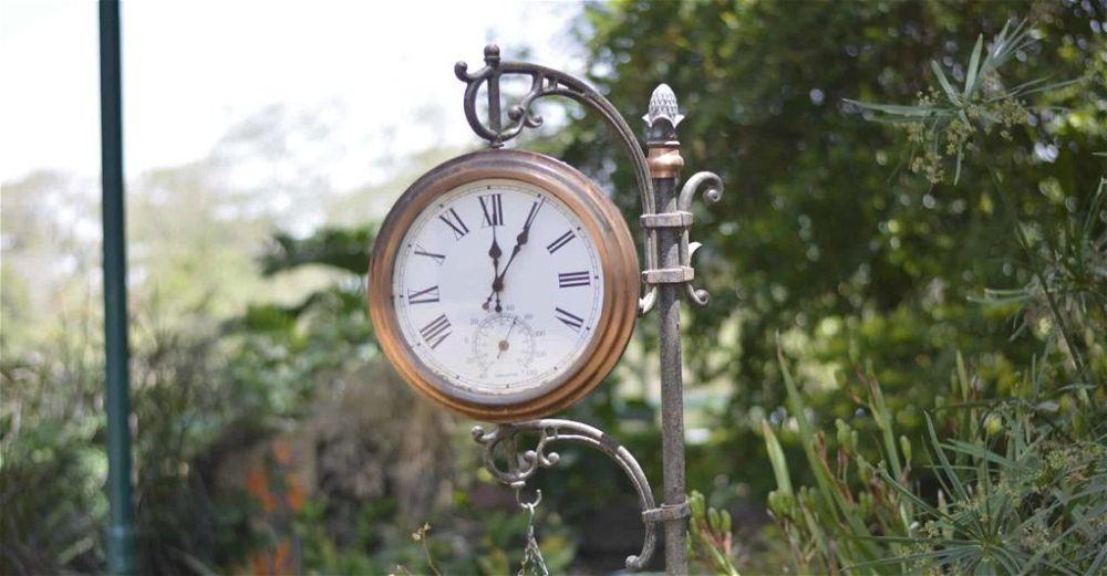 garden-clock