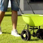 lawn-spreader
