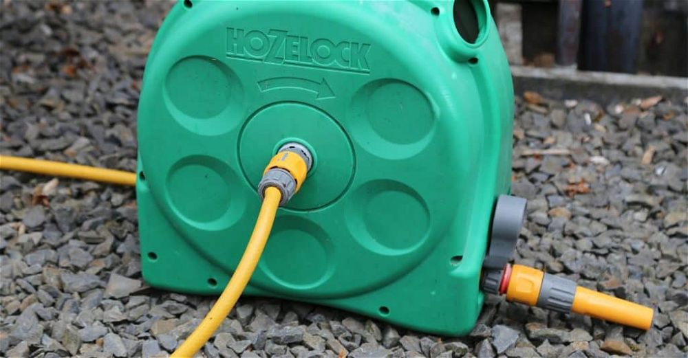 automatic-garden-hose-reel