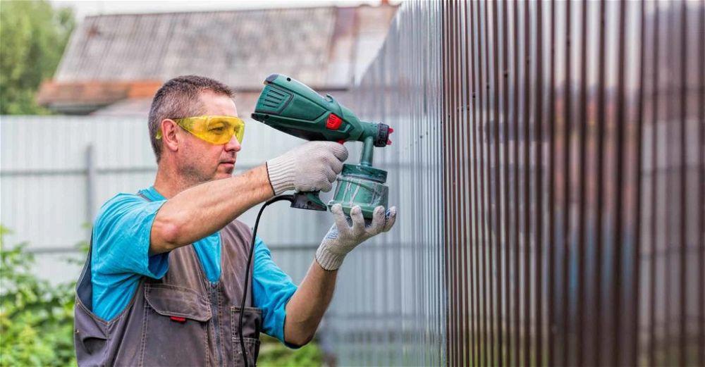 fence-sprayer