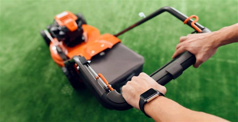 best-lawn-mowers-for-wet-long-grass-with-large-cutting-heights