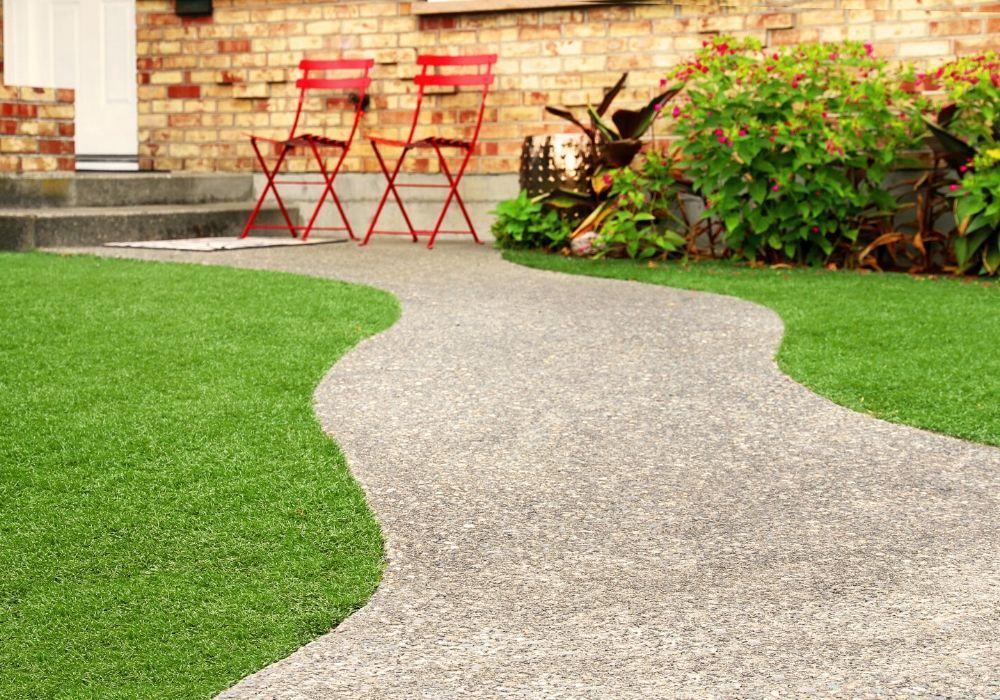 artificial-grass-benefit-no-feeding-the-lawn