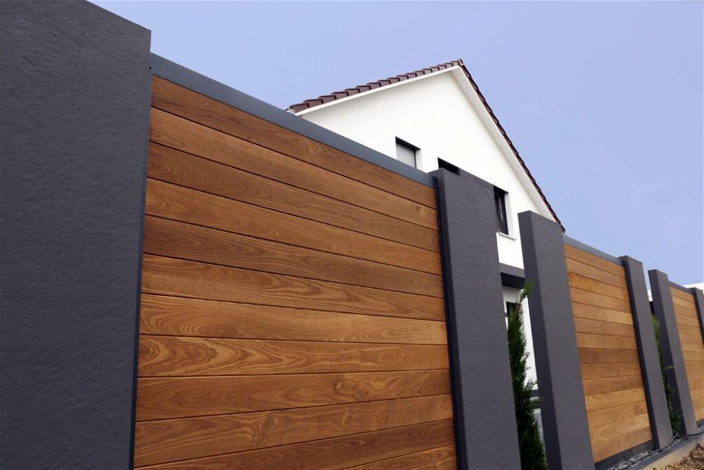 10. Modern Garden Fence