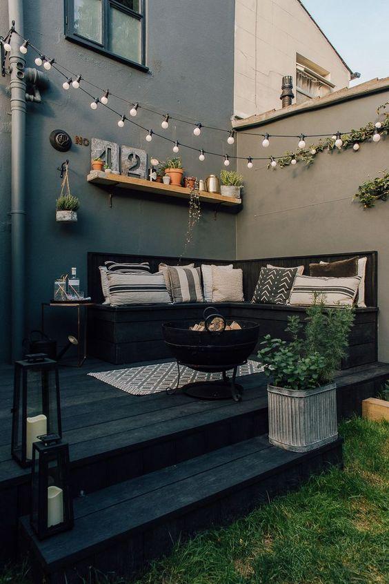 15. Garden Decking Decoration