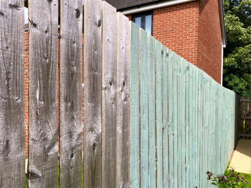 18. Garden Fence Paint Colours