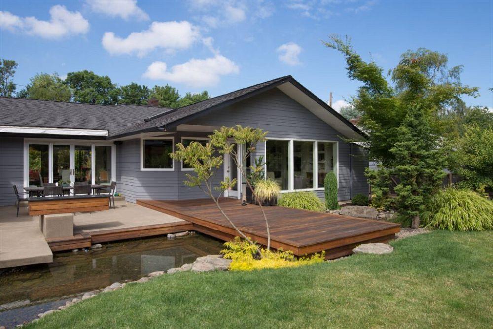 19. Garden Decking Water Feature Ideas