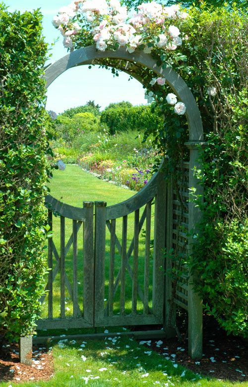 20. Garden Fence with Gate