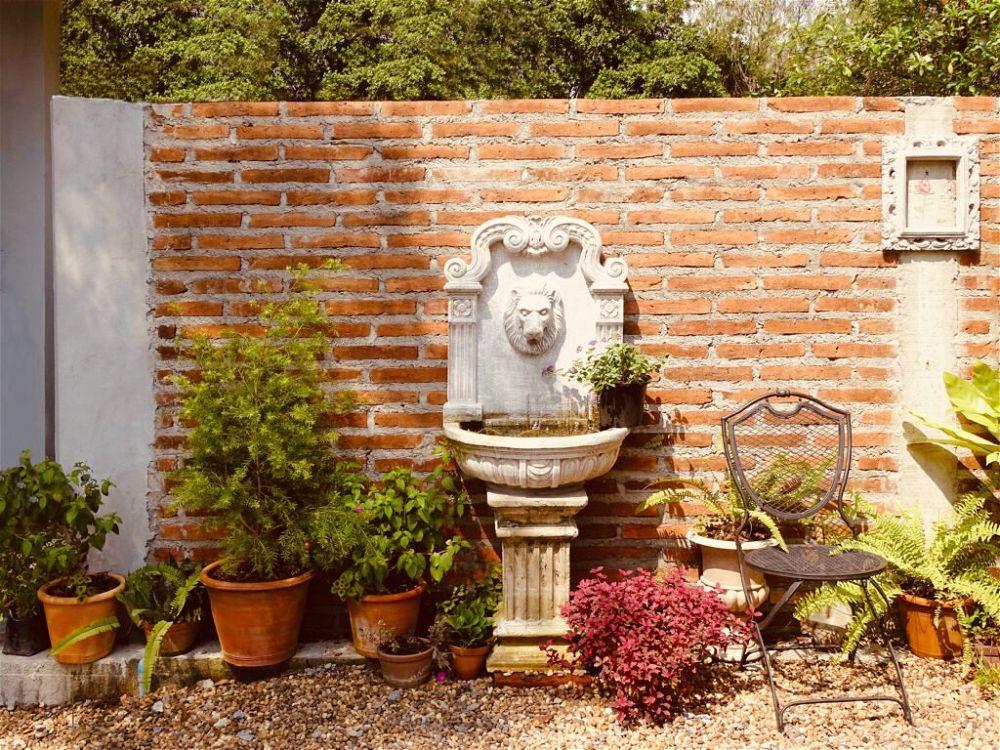 22. Garden Wall Fence