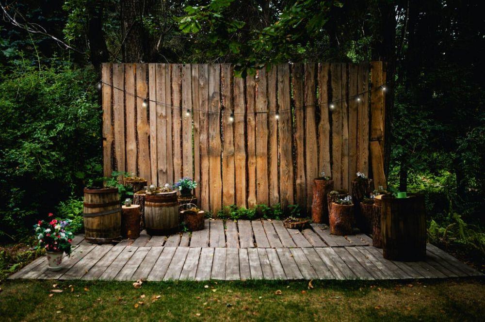 23. Wooden Garden Wall