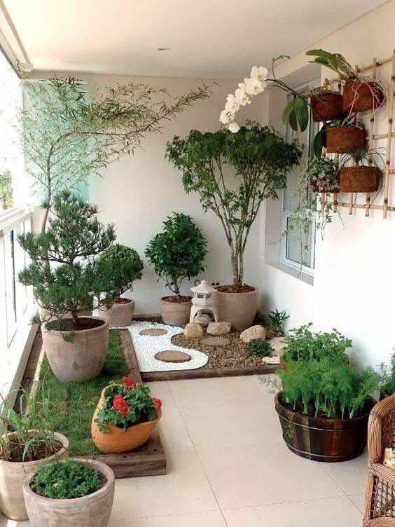 14. Jardín japonés con balcón