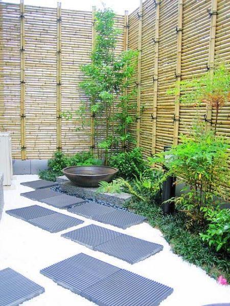 28. Valla de jardín japonés