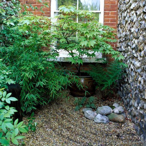 8. Jardín japonés sencillo