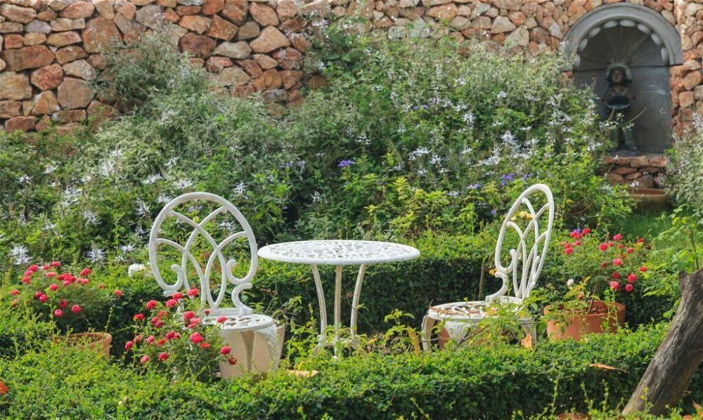 30. Cottage Garden Landscaping