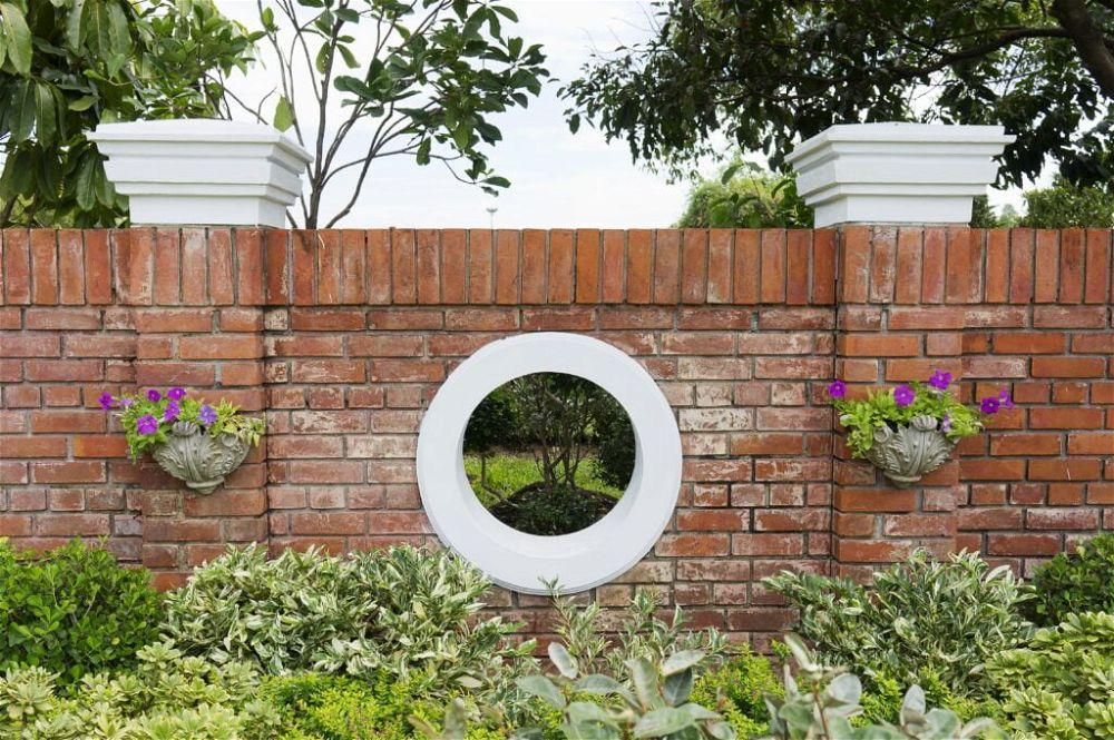 35. Garden Wall Landscaping