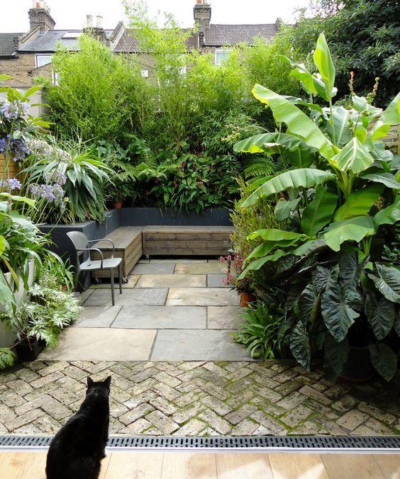 8. Small Back Garden Design