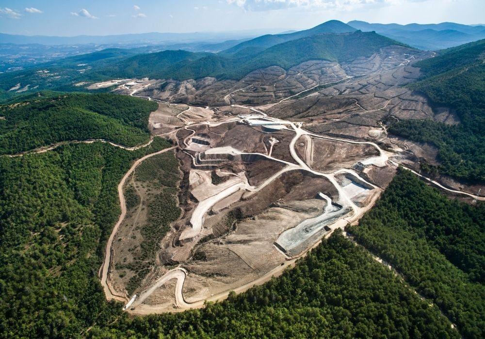deforestation-kaz-mountains