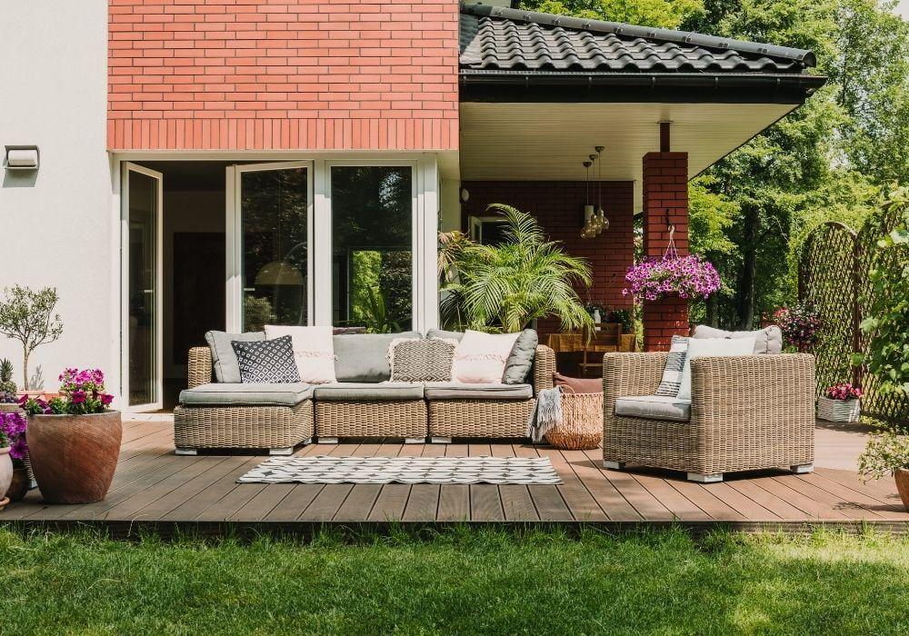 inside-outside-garden-flooring
