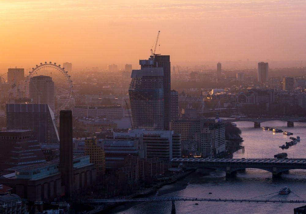 air-pollution-hazy-london-cityscape