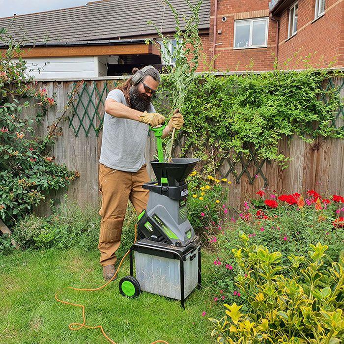 handy-electric-garden-shredder---testing