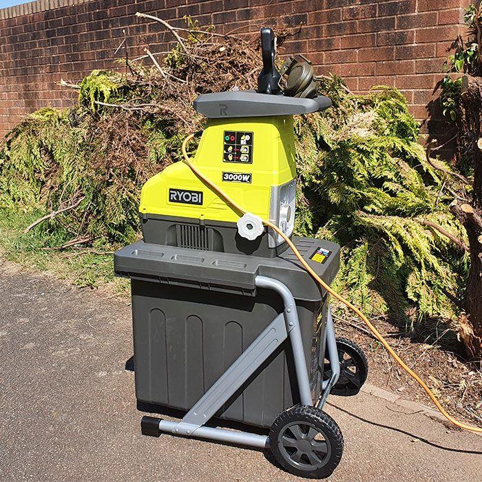 ryobi-garden-shredder-testing