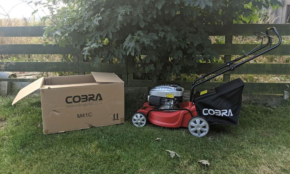 Cobra-M41C-Petrol-Lawn-Mower-Review-featured