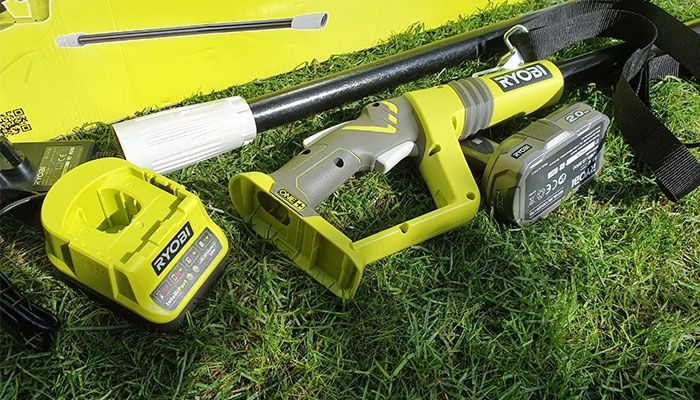 Ryobi-RPT184520-ONE+-Cordless-Pole-Hedge-Trimmer-Review-power