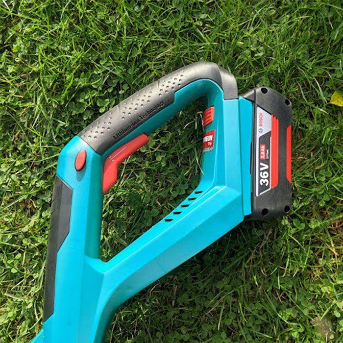 Bosch-Advanced-Grass-Cut-36-Cordless-Strimmer-Review-safety