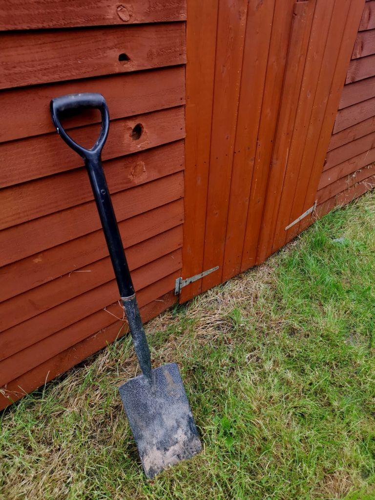 spade-garden-tool